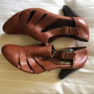 Urban Outfitters - WE WHO SEE, sandal